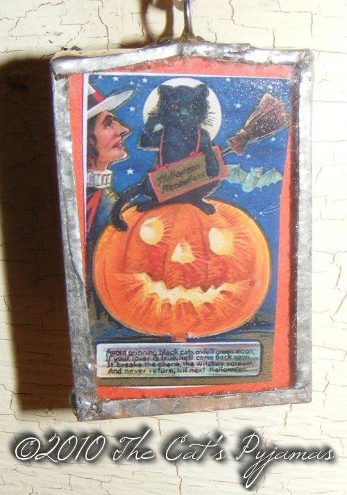 Cat, Witch & Jack-o-Lantern pendant