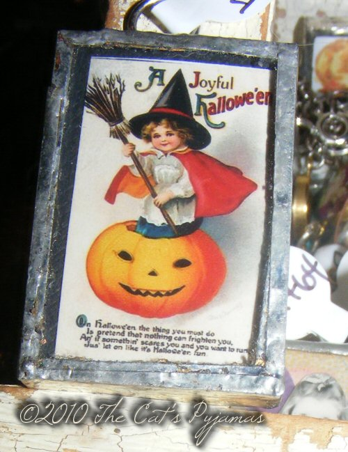 Witch & Jack-o-Lantern pendant