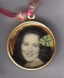Hawaiian Girl pendant