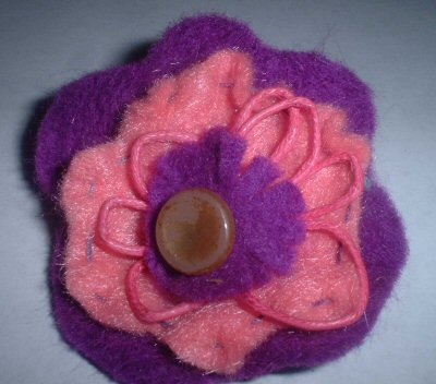 Pinky Flower Pin