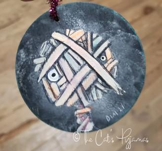 Theon ornament