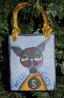 Scottsboro Wildcats Ornament gray & gold