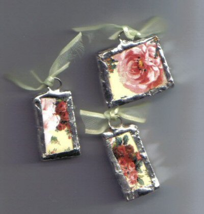 Chintz pendants Yellow background with pink roses